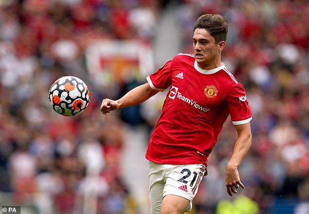 Leeds United have clinched the signing of Manchester United winger Daniel James