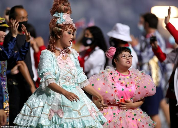 Entertainers took to the stage in their most colourful clothes to celebrate the end of the Paralympic Games