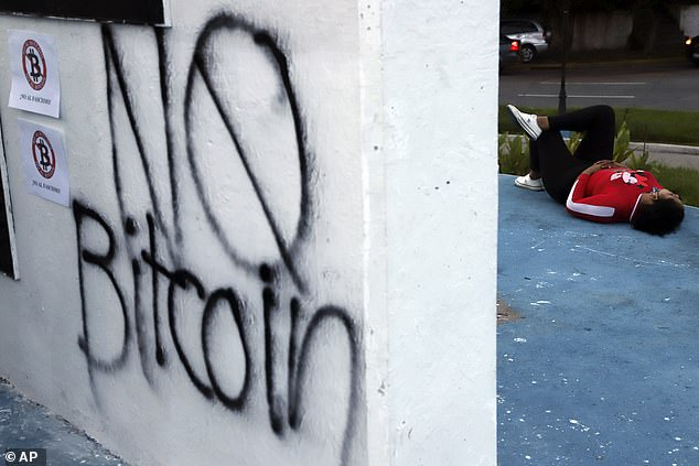 A survey found the majority of Salvadorans have no interest in using bitcoin as a currency