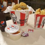 Can you spot what's unusual about this KFC meal? Mum wows with a clever twist on the takeaway treat💥👩💥💥👩💥