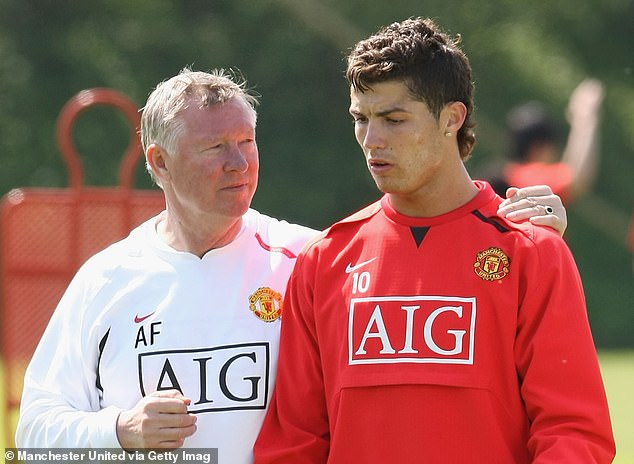 A number of United's players enthused to Sir Alex Ferguson about the then-teenage Ronaldo