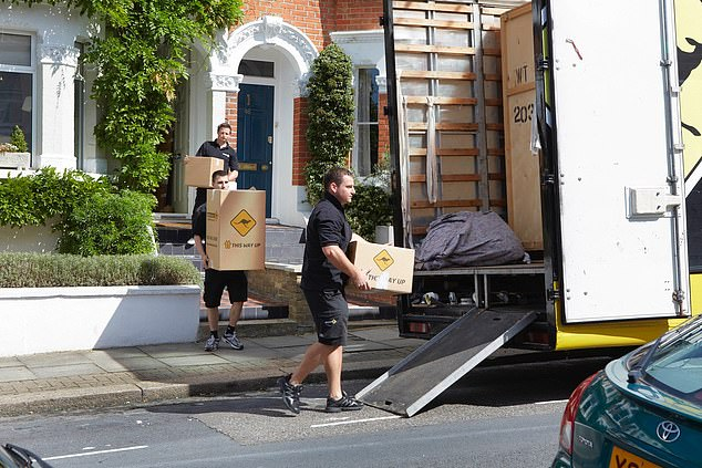 Having a reliable and trustworthy removal firm is essential to helping the day run smoothly