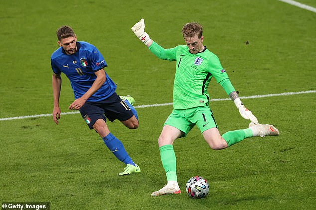 England lost the Euro 2020 final to Italy after resorting to a longer ball approach, says a report