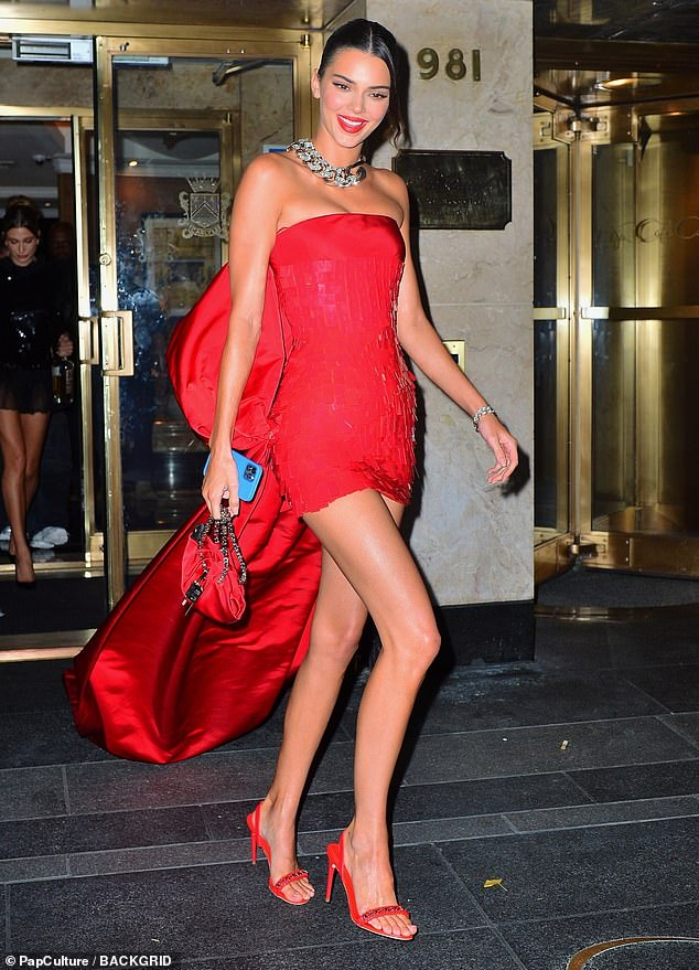 Red hot:Kendall continued to sizzle as she made her way to Justin and Hailey Bieber's after party