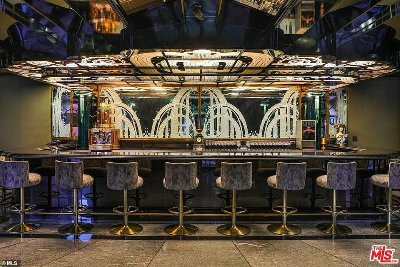The property also has a bar, billiards room, an art-deco style nightclub, two projection and screening rooms, grand state public rooms, and entertainment areas