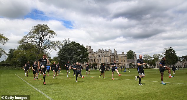The flanker claims the stately Farleigh House training ground doesn't give Bath an advantage