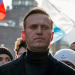 Apple and Google under fire for political meddling as they both remove Navalny's app under pressure 💥👩💥