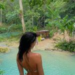 Kendall Jenner puts on a VERY cheeky display in itty bitty thong bikini 💥👩👩💥