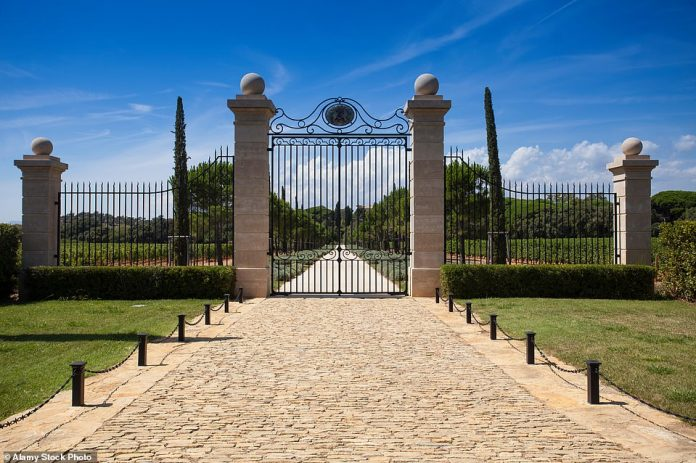 Château Leube is an exclusive vineyard in the village of Bormes-les-Mimosas in Provence that produces some of France's best rosé wines
