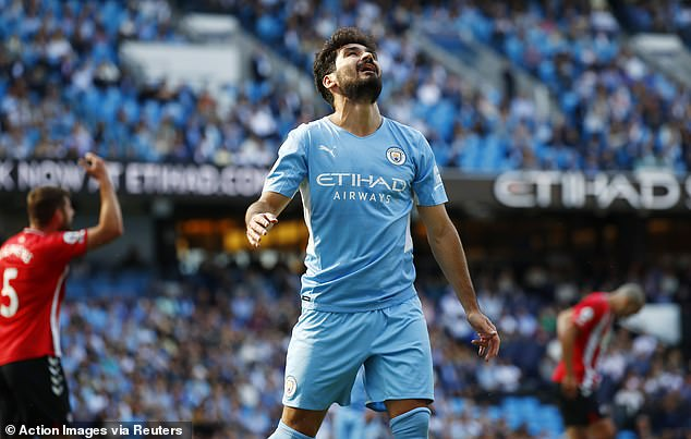 Ilkay Gundogan becomes latest Manchester City star to come down with injury
