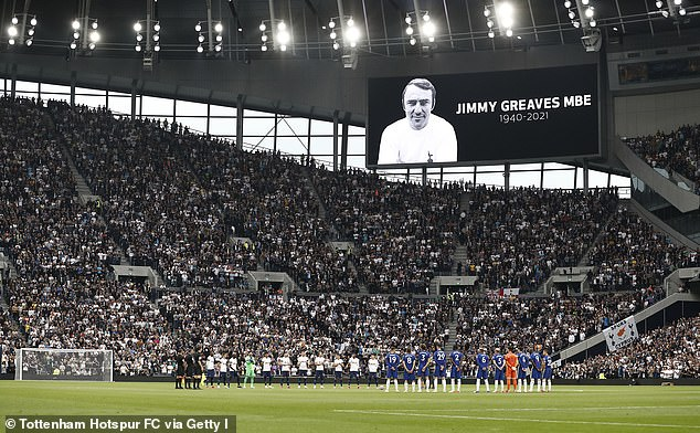 The all-time great was awarded a minute's applause ahead of Spurs' clash with Chelsea