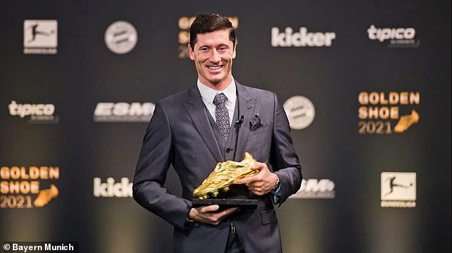Robert Lewandowski dedicated his Golden Shoe award to his team-mates at Bayern Munich