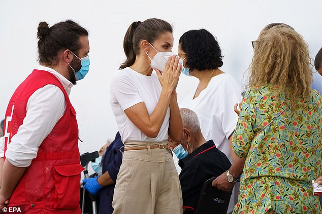 , Queen Letizia of Spain and King Felipe meet residents evacuated from La Palma, The Today News USA