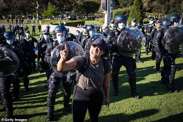 The online bickering ultimately led to demonstrators failing to pull off a mass rally for the fourth-day straight in the Victorian capital city on Thursday