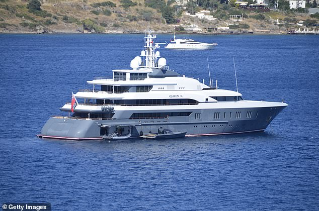 Deripaska, who is sanctioned by the US, was already acquainted with the former Chancellor, having hosted him on his yacht off Corfu in 2008