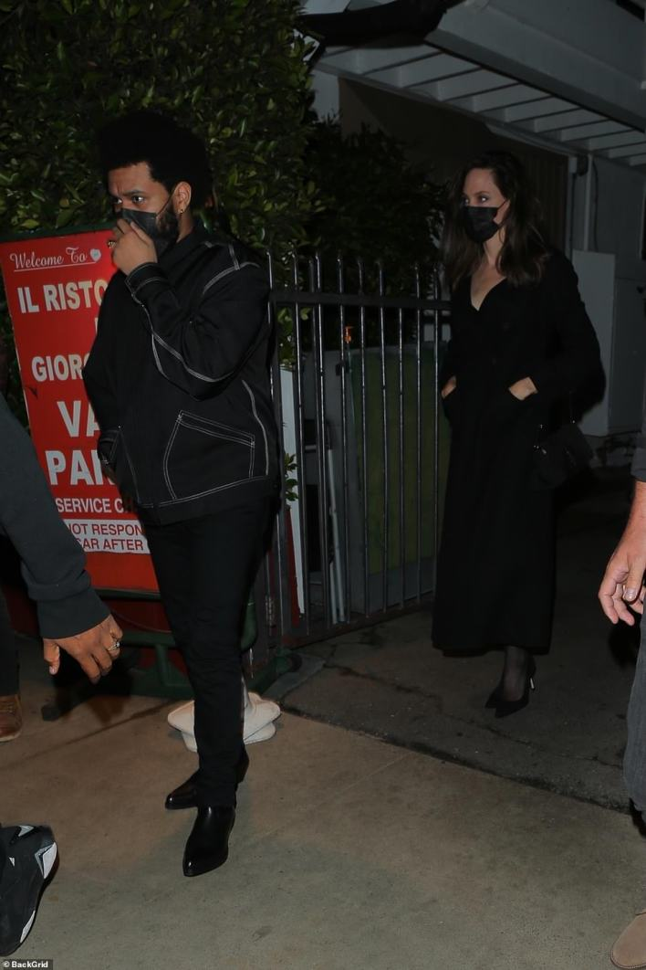 VIPs: The 46-year-old mother-of-six and the 31-year-old Canadian crooner spent two and a half hours inside a private section of the luxurious family-run Italian restaurant