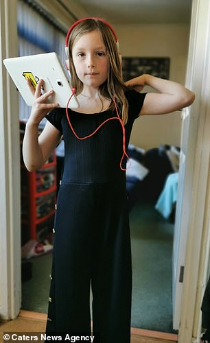 Amelia Mansi of Bristol had long hair before the second Covid lockdown last winter
