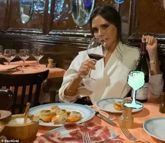 , Victoria Beckham sends fans WILD with speculation after sharing a risqué snap of a peachy posterior, The Today News USA
