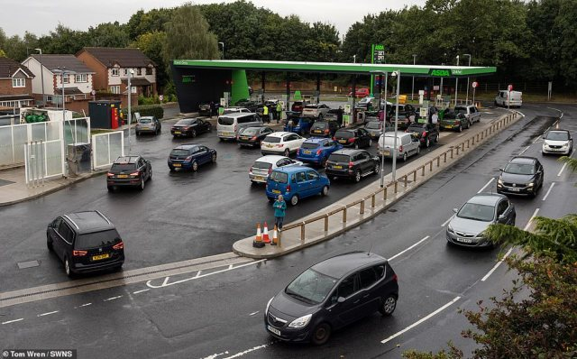 Long queues for petrol at an Asda in Bristol this morning as the fuel supply crisis continued