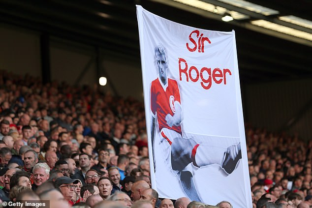 Liverpool fans nicknamed Hunt 'Sir Roger' after being overlooked for knighthood