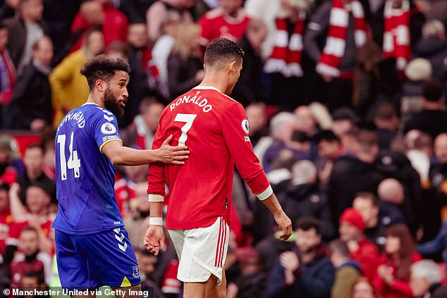 Everton winger reveals Ronaldo ignored 'three or four' requests for his No. 7 shirt