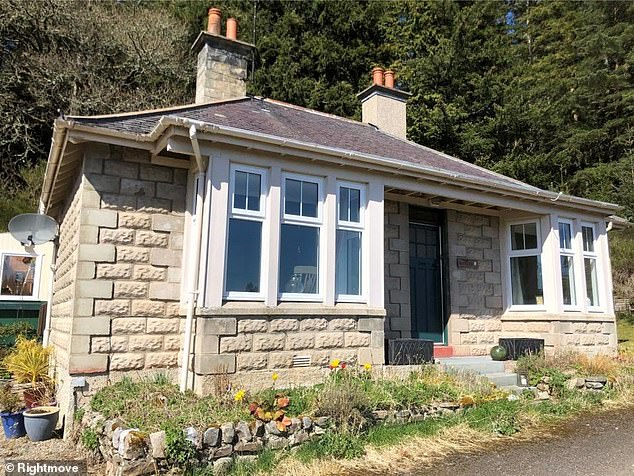 This three-bedroom detached bungalow in Rosalia, Scotland, by agent Galbraith, is to be offered for £750 per month