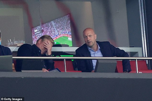 Ronald Koeman, pictured with sporting director Jordi Cruyff, is teetering on the brink