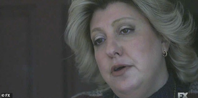 Truth:They start to leave when she adds that Paula Jones is telling the truth