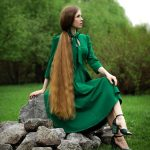 Real life Rapunzel with 51-inch-long hair spends up to four hours looking after it four times a week 💥👩💥