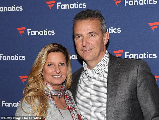 , Wife of embattled Jaguars coach Urban Meyer DEFENDS him after viral videos showing him groping woman, The Today News USA