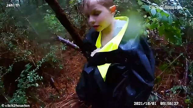 , Bodycam footage shows the moment Texas cops find three children lost in a forest for over 24 hours, The Today News USA