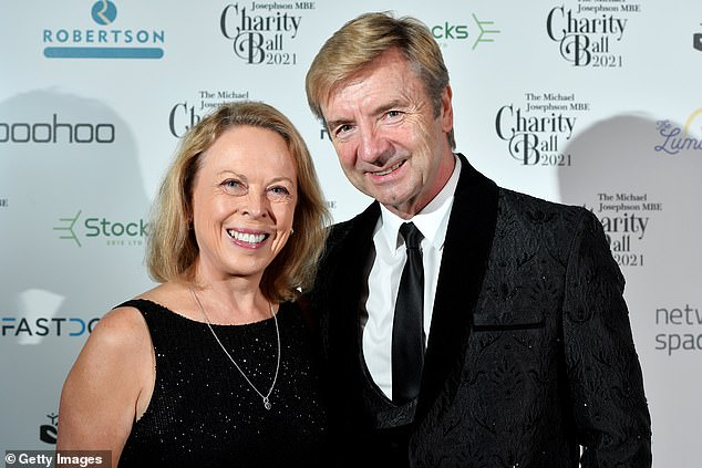 , Joan Collins wears black gown as she cosies up to husband Percy at charity ball, The Today News USA