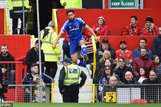 United's most recent match saw them throw away a lead against Everton at Old Trafford