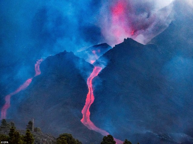 Part of the volcanic cone collapsed on Saturday, causing a new stream of lava that is provoking tremendous destruction and making it harder for the scientists to work in the area