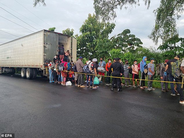 Guatemalan law enforcement agents found 129 migrants, including 109 from Haiti, trapped in a tractor trailer Saturday in the city of Escuintla