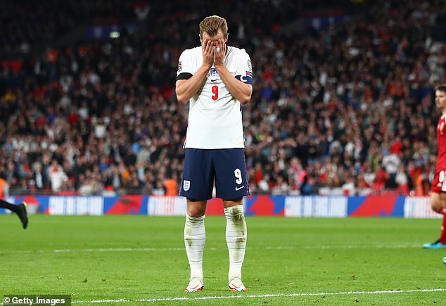Harry Kane reacts with frustration in a poor display leading England's attack against Hungary