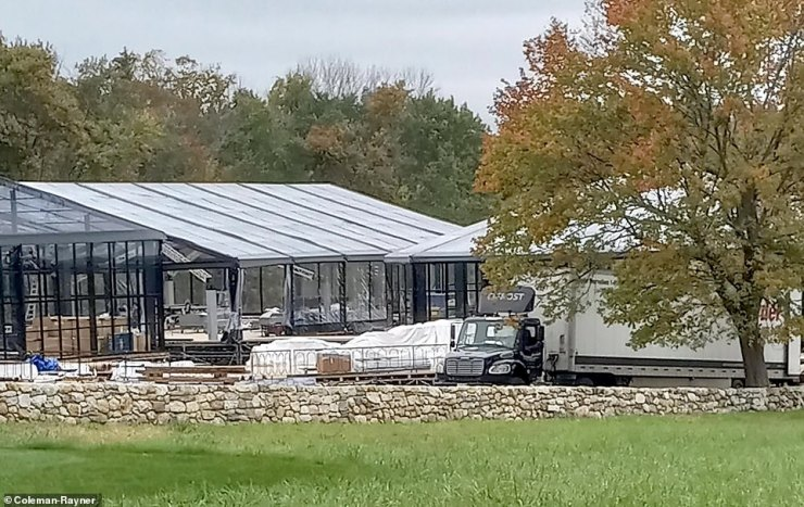 'Jenn's hoping the actual ceremony can be outdoors but in case the weather is bad, they've put up huge tents in one of the fields and they're also rushing to build several state-of-the art, temporary steel-and-glass pavilions,' a source said