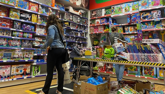 It is reported that shoppers in Britain are already struggling to get their hands on presents