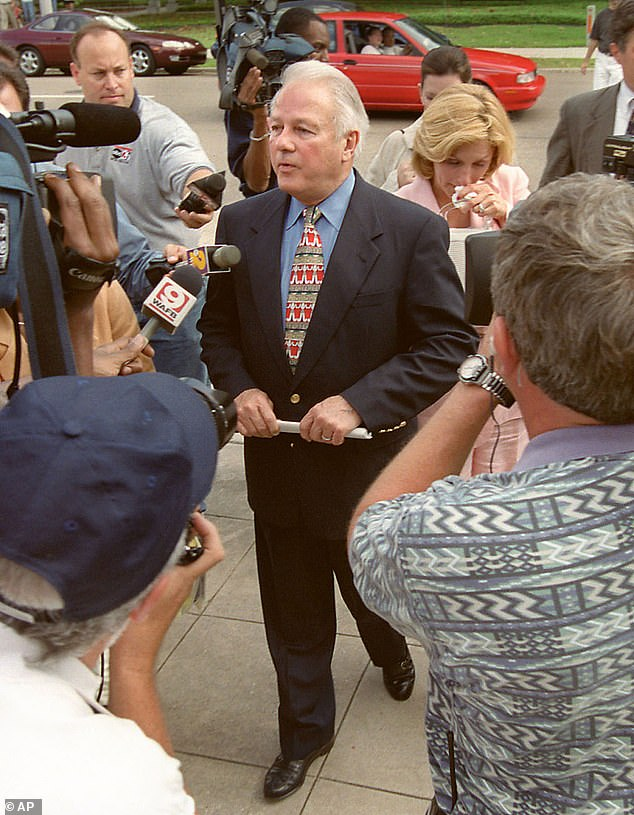 , Third wife, 43, of Gov. Edwin Edwards who died at 93 at war with his adult children over cremation, The Today News USA