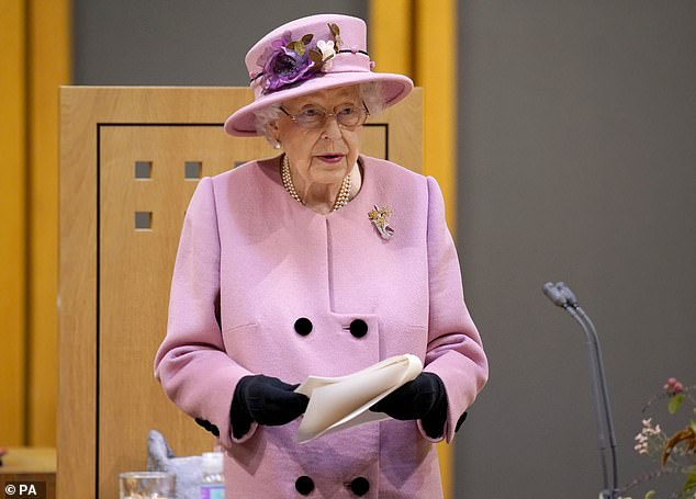 Even before her comments about COP26, the 2021 United Nations Climate Change Conference in Glasgow, we knew the Queen was no slouch when it came to the environment
