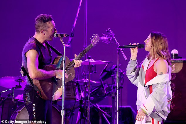 Watch Coldplay and Melanie C crew as much as carry out Spice Ladies' basic – Superstar gossip