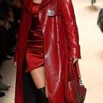 Bella Hadid Sizzle on the catwalk For Milan Fashion Week