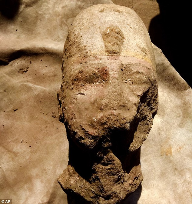 Egypt's Antiques Ministry announced today the discovery of parts a statue of Ramses II.The head and chest of the statue of Ramses II were found in the Temple of Kom Ombo during a project to protect the site from groundwater