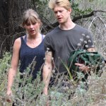 Taylor Swift and new boo,Joe Alwyn on a hike in Malibu