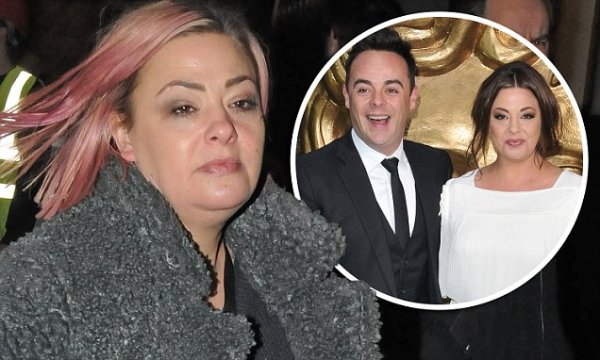 Lisa Armstrong 'hints at loneliness as she likes tweet ...