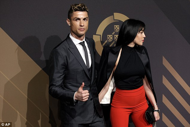 Ronaldo attended the annual awards of the Portuguese FA with girlfriend Georgina Rodriguez