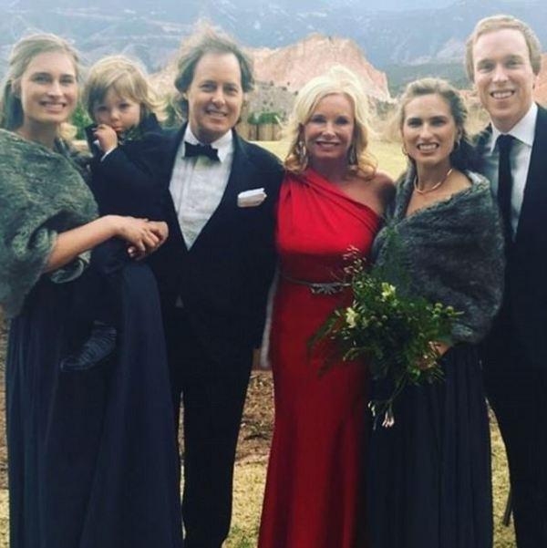 George W. Bush dances as nephew Pierce Bush marries ...