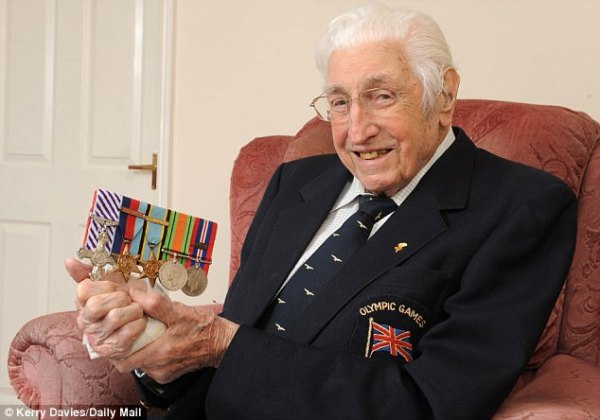 Britain's oldest Olympian and an RAF legend dies at 101 ...