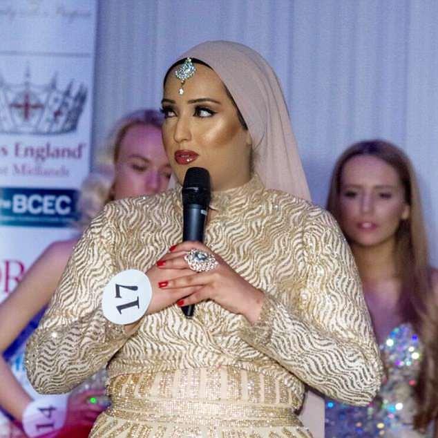 Radiante: María estaba preocupada por entrar pero dijo 'no tienes que verte como una supermodelo'