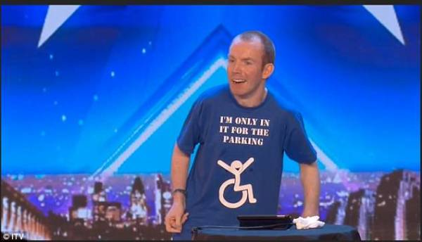 Who is Britain's Got Talent 'silent comic' Lee Ridley ...
